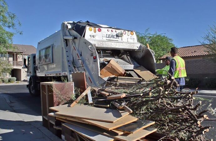 Bulk Trash-Springfield Dumpster Rental & Junk Removal Services-We Offer Residential and Commercial Dumpster Removal Services, Portable Toilet Services, Dumpster Rentals, Bulk Trash, Demolition Removal, Junk Hauling, Rubbish Removal, Waste Containers, Debris Removal, 20 & 30 Yard Container Rentals, and much more!