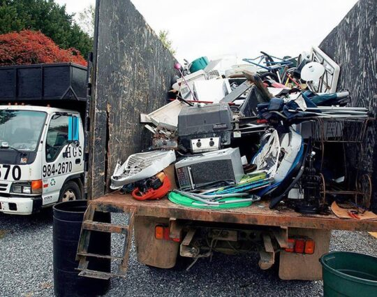 Junk Hauling-Springfield Dumpster Rental & Junk Removal Services-We Offer Residential and Commercial Dumpster Removal Services, Portable Toilet Services, Dumpster Rentals, Bulk Trash, Demolition Removal, Junk Hauling, Rubbish Removal, Waste Containers, Debris Removal, 20 & 30 Yard Container Rentals, and much more!